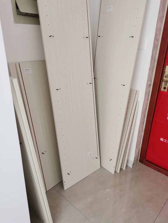 天津鹤立装修——八方观园装修工地实拍--安装柜门