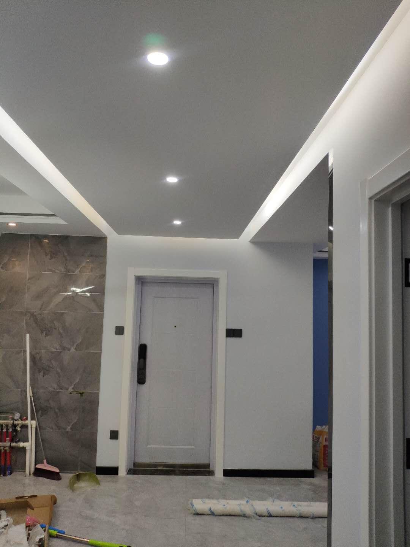 天津鹤立装修——和顺家园三室两厅硬装毕业,这个吊顶很特别!